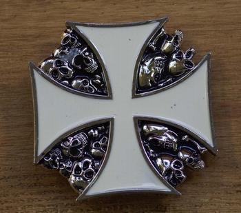"""Belt buckle  """" Maltezer Kreuz mit Skulls """""""