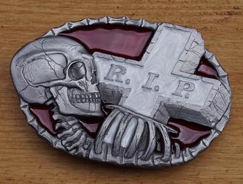 "Belt buckle   "" R.I.P.  Schädel, Grab """
