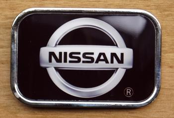 """Automarke Schnalle  """"  Nissan """"   Schwarz"""