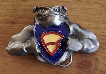 "Gürtelschnalle  "" Bulldogge mit Superman logo """