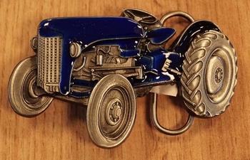 """Buckle  """" Traktor """" Blau /  Nickelfarben"""