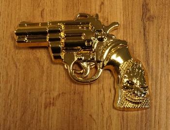 """Gürtelschnalle """" Revolver  """" Gold Farbige"""