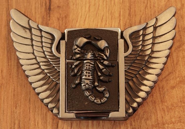 """Belt buckel with lighter """" Skorpion mit Flügeln """""""