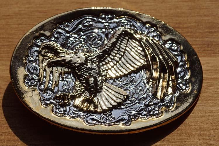 """Belt buckle  """" Angreifender Adler """"  Silver / Gold Farbe"""