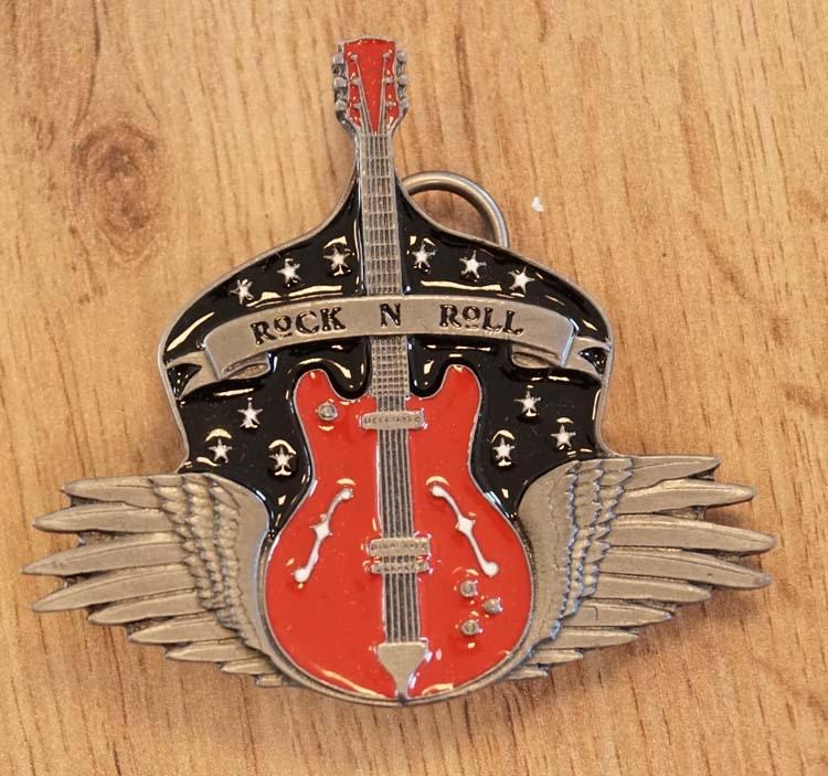 """Buckle  """" Rock 'n Roll """"  Gitarre mit Flügeln"""