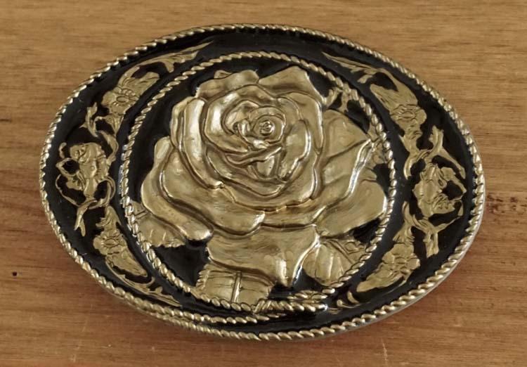"Buckle  "" Rose ""  Schwarz / Gold Farbe"