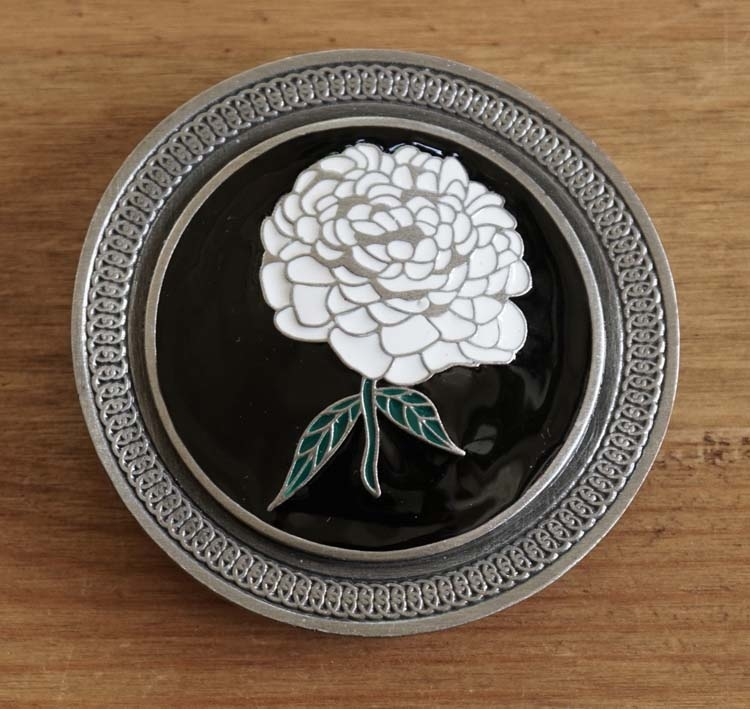 "Buckle  "" Weiss Rose """