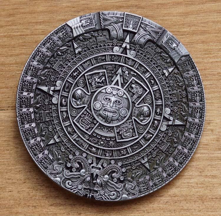 """Buckle """" Aztec calender """""""