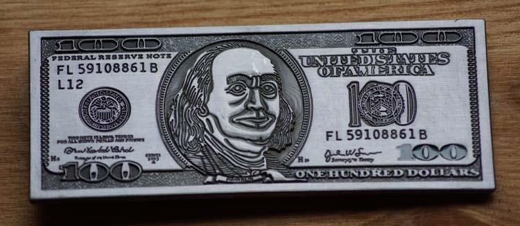 "Gürtelschnalle  "" 100 Dollar """