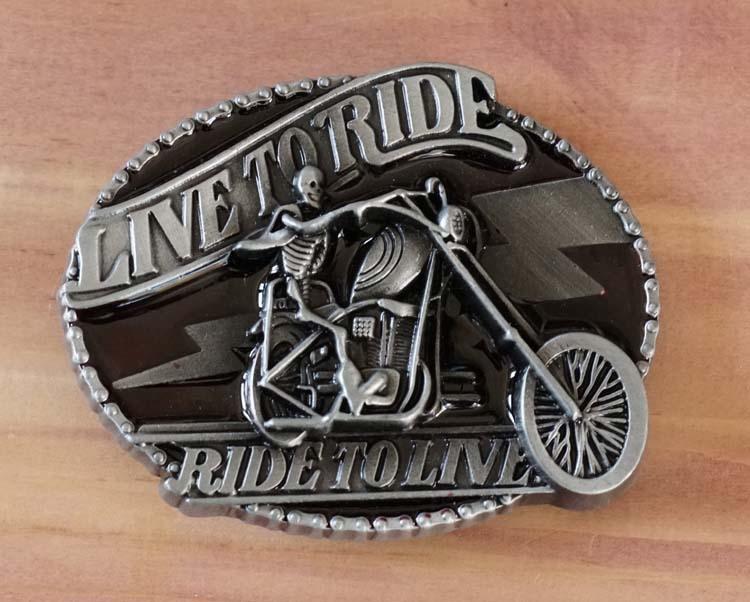 "Gürtelschnalle "" Live to ride, ride to line """