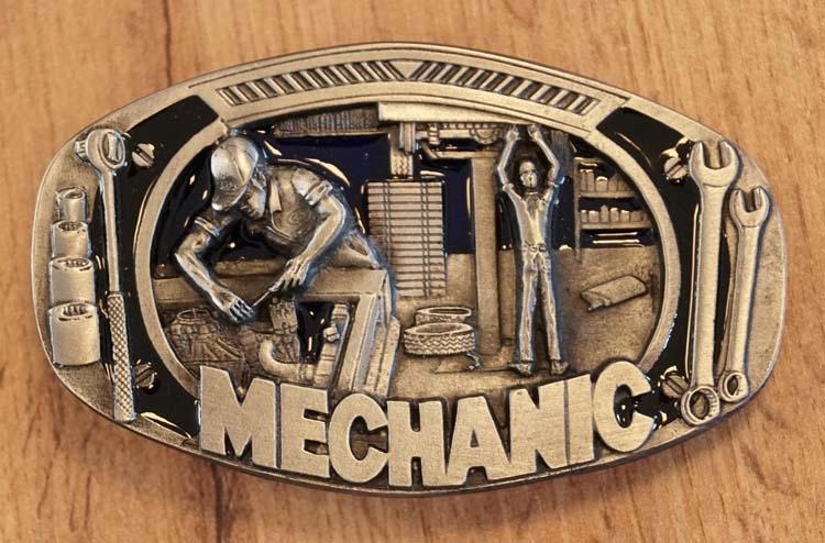 """Gürtelschnalle """" Mechanic """""""